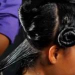 Aplicación de queratina en cabello lavado y limpio