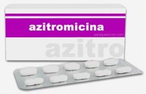 Caja y pastillas de azitromicina