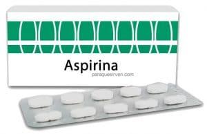 Caja y pastillas de aspirinas